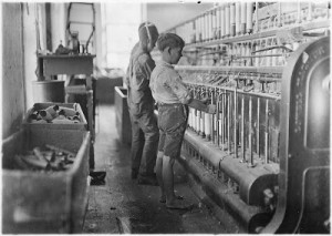 Doffers_in_Cherryville_Mfg._Co.,_N.C._Plenty_of_others._Cherryville,_N.C._-_NARA_-_523108