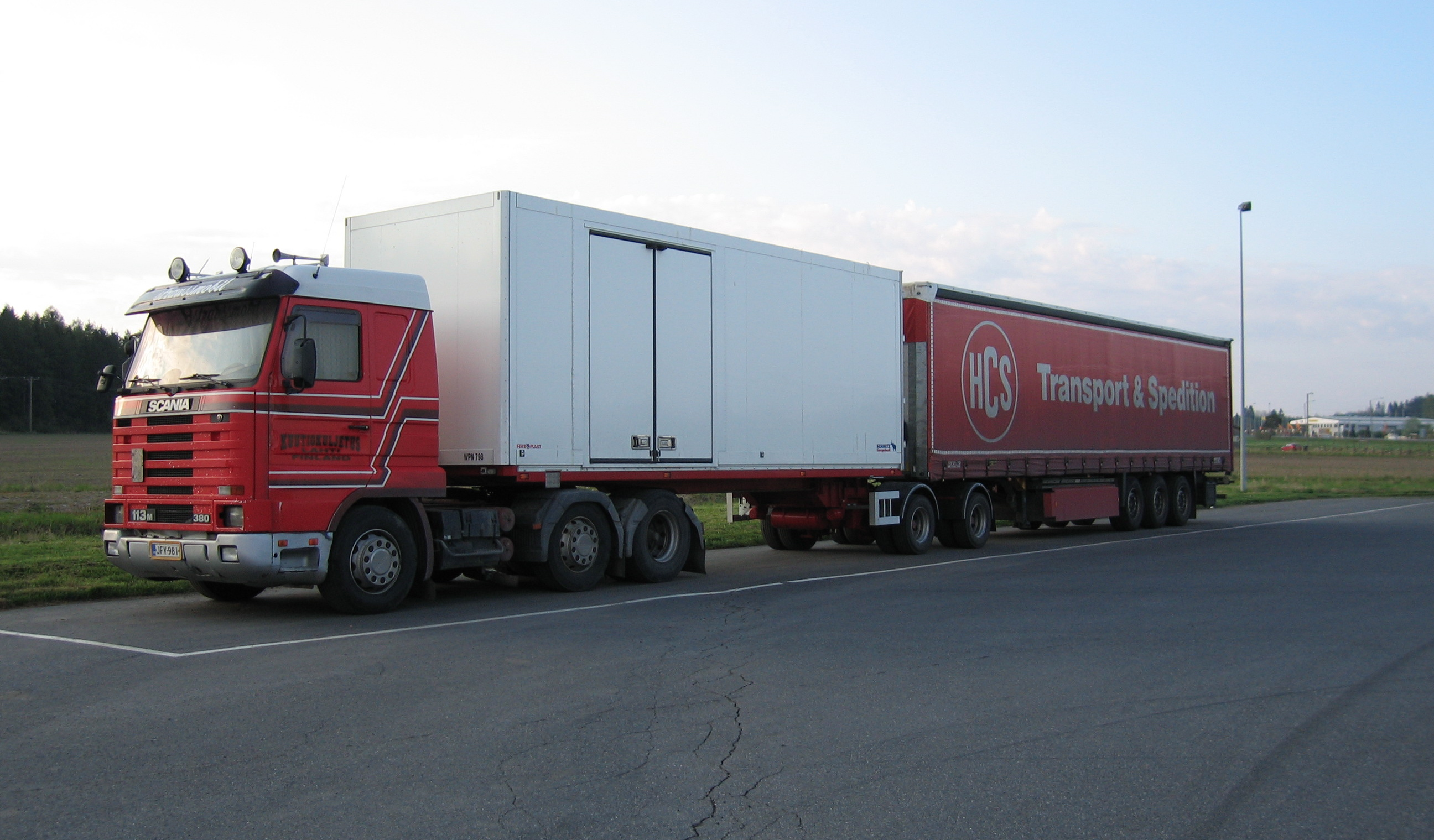 Scania_113_B-train